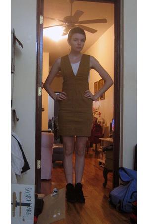 jordache dress - Hanes top - Minnetonka shoes