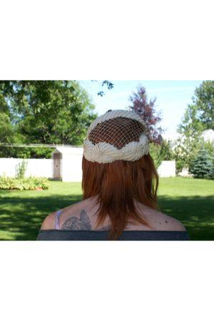 white vintage hat