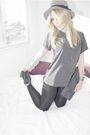 Black-sam-edelman-boots-gray-forever-21-t-shirt-gray-h-m-via-thrift-town-hat