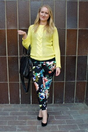 black H&M pants - yellow Zara sweater - black asos pumps