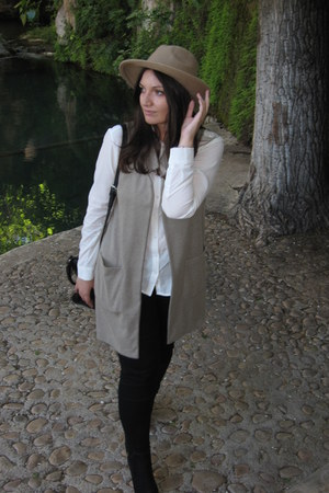 black Stradivarius bag - bronze Primark hat - white Stradivarius blouse
