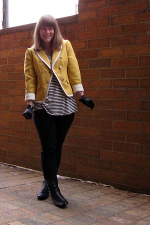 H&M shirt - Loft blazer - Target jeans - Candies boots - vintage gloves
