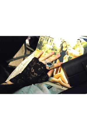 black random from Hong Kong gloves