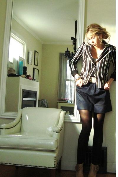 Sinequanone jacket - skirt - brave belt - boots