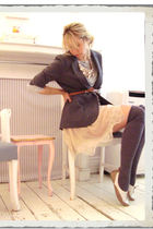 beige skirt - gray blazer - gray Club Monaco stockings - beige Deena & Ozzy shoe