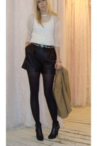camel wool jules power blazer - black leather Club Monaco shorts - ivory lace Ar