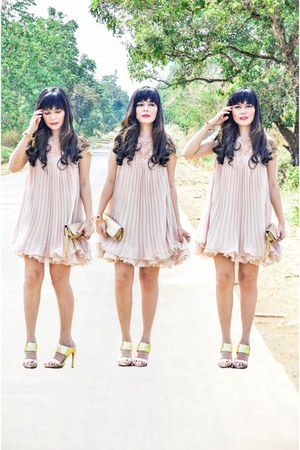 beige pleated Sheinside dress