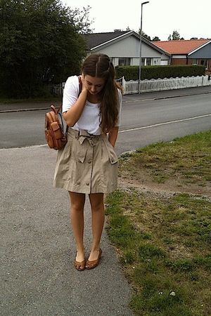 brown second hand purse - beige H&M skirt - white lindex shirt - brown Din Sko s