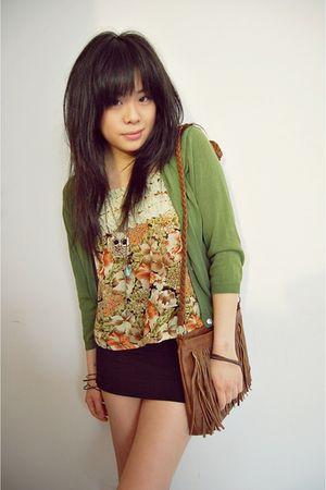 green vintage top