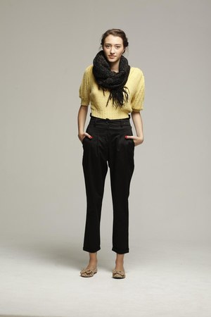 yellow shirt - dark gray scarf - dark gray pants - light yellow flats