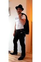black New Rock boots - black Stetson hat - black leather biker jacket