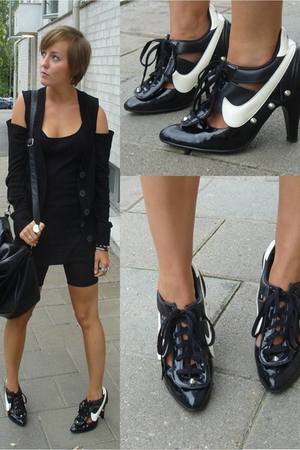 selfmade shoes - H&M blazer - H&M top - H&M tights - Friis & Co purse
