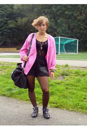 vintage blazer - H&M top - shorts - Friis & Co purse