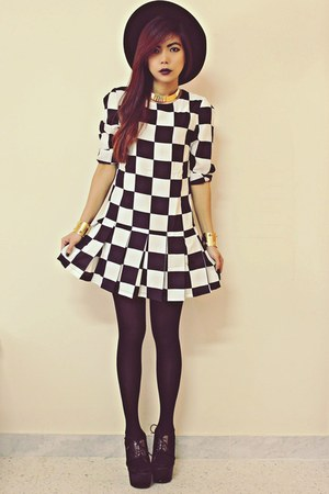 white plaid Sheinsidecom dress - black Oasapcom hat