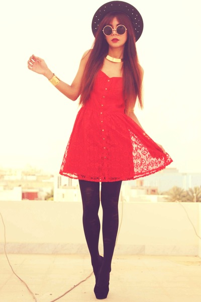 red lace Dahlia dress