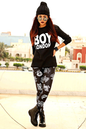 black boy london clothingloves sweater - black maya Lovelysally leggings