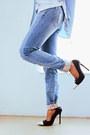 Black-wide-brim-oasapcom-hat-sky-blue-romwecom-jeans-sky-blue-romwecom-shirt