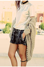 Black-zip-up-glided-awwdorecom-shorts-black-metallic-strip-romwecom-sunglasses