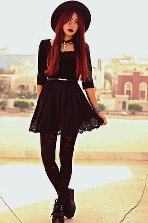 black choiescom shoes - black Sheinsidecom dress - black Oasapcom hat