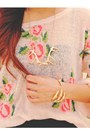 Gold-the-claw-merrinandgussycom-bracelet-pink-floral-print-romwecom-sweater