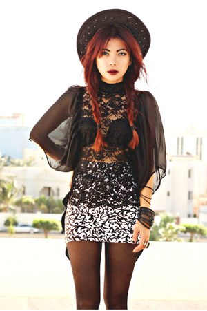 black damsel blackmilkclothing top - white baroque motelrocks skirt