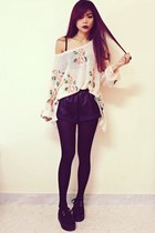 black creepers choiescom shoes - light pink floral Romwecom sweater