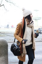 black Shoe Star boots - burnt orange Zara coat - off white Massimo Dutti sweater
