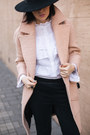 Light-pink-metisu-coat-black-lindex-hat-white-zara-bag