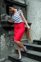 nude handmade bag - blue Bershka flats - hot pink handmade skirt - white H&M t-s