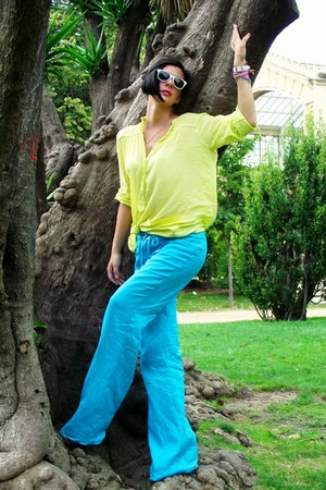 light yellow blouse - turquoise blue pants - white wedges