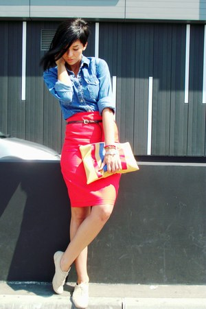 blue Gas shirt - red handmade skirt - beige non branded flats