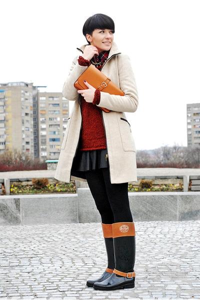 beige Zara coat - crimson New Yorker sweater - tawny OASAP bag