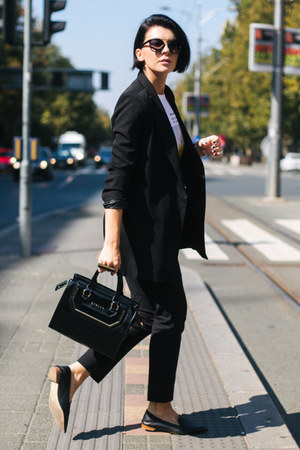 black Zara shoes - black shein blazer - black Sisley bag - Turssardi sunglasses