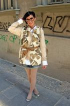 beige Zara vest - beige Zara blouse - white my boyfriends shirt - blue Bershka j