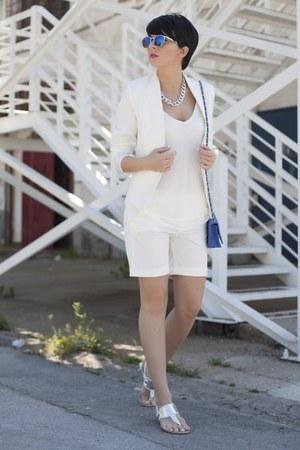 white New Yorker blazer - white New Yorker shirt - blue New Yorker bag