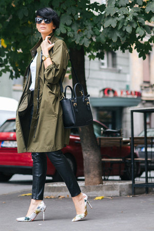 black lindex bag - army green Front Row Shop jacket - black Freyrs sunglasses