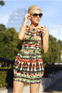 Green-romwe-belt-ruby-red-ax-paris-dress-light-yellow-bershka-pumps