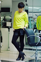yellow Choies sweater - black OASAP boots - black Stradivarius shorts