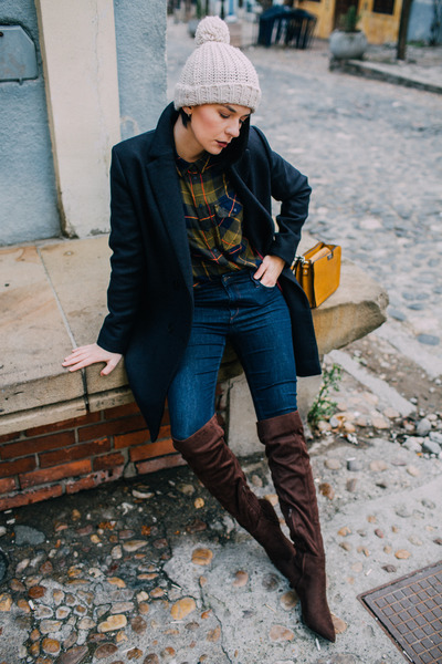 navy reserved coat - brown reserved boots - navy Joes Jeans jeans