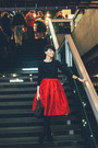 Black-koton-shirt-black-lindex-bag-ruby-red-sheinside-skirt