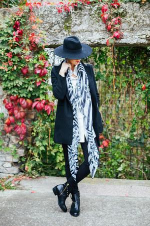 black Antonella Rossi SHOE STAR boots - black Sheinside coat
