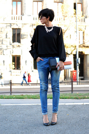 black Romwecom sweater - blue Bershka jeans - black Zara bag - white Mistral bag