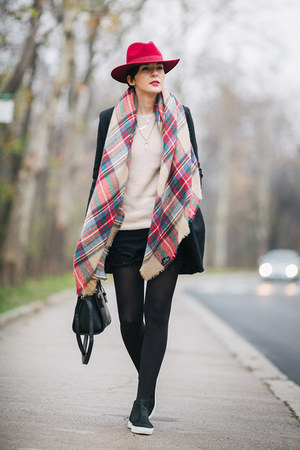 black Sheinside coat - hot pink lindex hat - off white New Yorker sweater