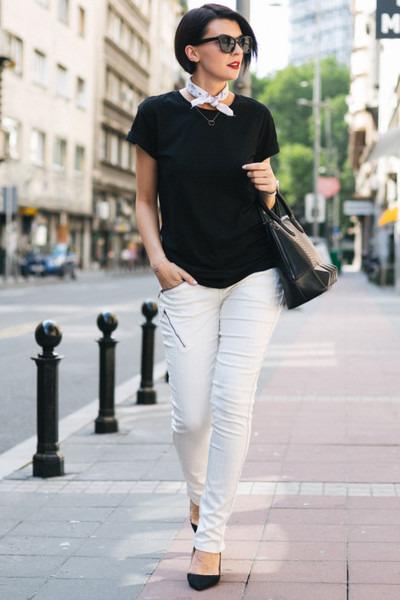 white CREAM of Scandinavia pants - white Studio Glina ring