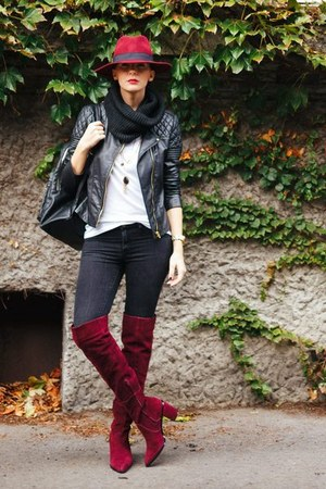 brick red Aldo boots - black Mango jeans - brick red Aldo hat