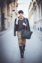 black lulus jacket - black romwe bag - brown Zara skirt - black Reebok sneakers