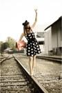 Cat-print-h-m-dress-zara-hat-christian-dior-sunglasses-smh-heels