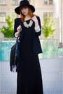 Tobi-dress-fedora-hat-zara-blazer-fringed-h-m-bag