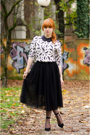 midi ballerina skirt - insect print Topman sweater - ankle strap Buffalo heels