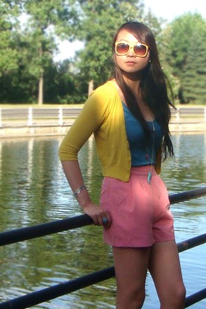 bubble gum Forever 21 shorts - yellow cardigan - turquoise blue top